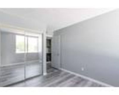 Roommate wanted to share 3 Bedroom 1 Bathroom Townhouse...
