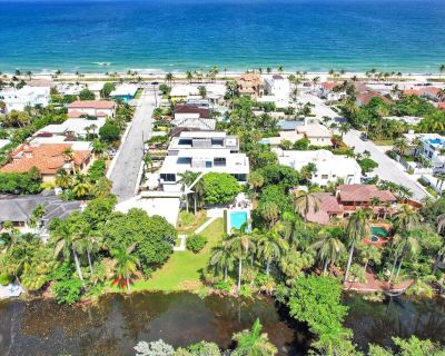 NEW!! Spacious Ft. Lauderdale Beach House with Pool and Lagoon Front - Kayaks - Birch Park Finger Streets