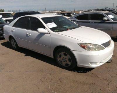 Salvage White 2002 Toyota Camry
