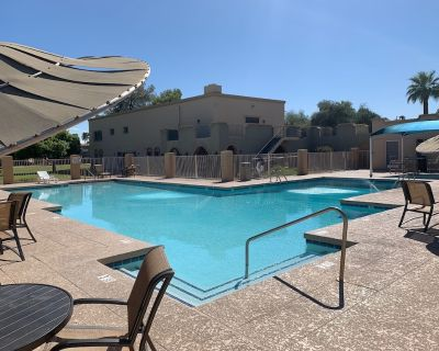 In the Heart of Oldtown Scottsdale Gorgeous Townhome 3d/2.5 bath - Casa Granada East Townhouses