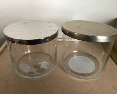 2 glass jars with gold lids