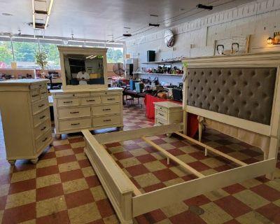 7PM Commercial Woodworking Equip Liq, Grand Furniture Surplus, Multiple Local Estates, Consignments