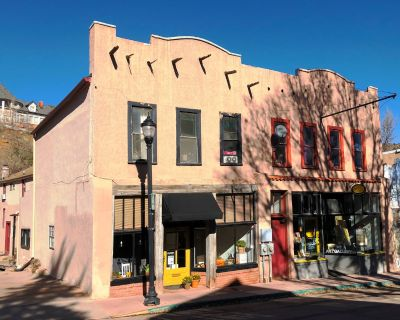Downtown Manitou Workshop/Retail