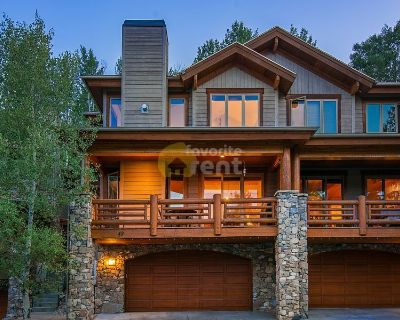 Furnished 4 bedrooms townhouse with garage in Park City
