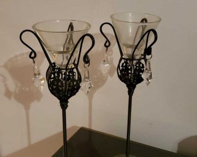 2 chandeliers candle holders