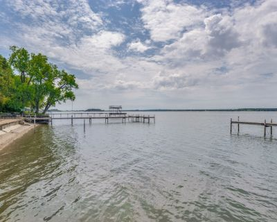 Cozy & Cute Condo, Complex on Eagle Mountain LAKE- Paddle Boards, Kayaks - Fort Worth