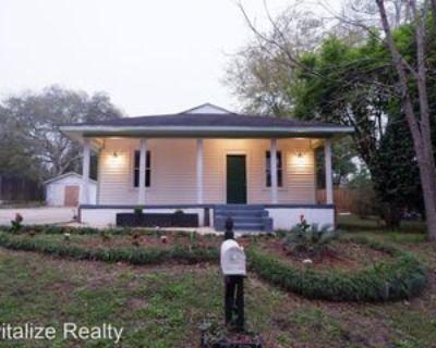 1307 Wilkins Rd, Mobile, AL 36618 4 Bedroom House