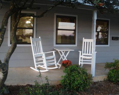 Friendship Farms Ste. 2 - Hill Country Hospitality! - Fredericksburg