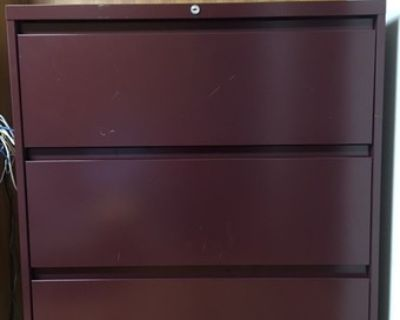 Steelcase 3 Drawer Lateral File Cabinet