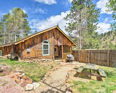 Rustic Log Cabin w/ Studio ~5 Mi to Pikes Peak! - Green Mountain Falls