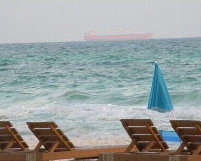 Oceanfront condo. Sleeps 4-6. - Panama City Beach
