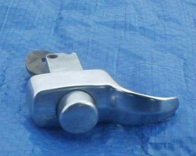 '65-'66 decklid handle/latch-nice chrome