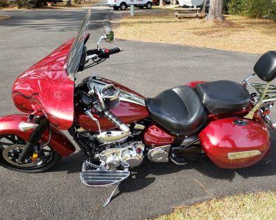 Yamaha 2014 Stratoliner Deluxe motorcycle