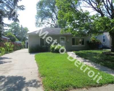 Move in Ready Ranch in Dearborn Heights