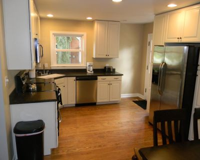 Convenient, Comfortable, Cute & Close to everything! - Middletown