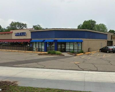 Richfield Shoppes Available for Lease