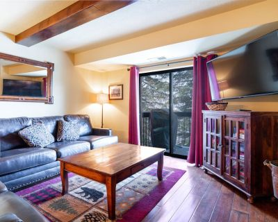 JUST ADDED! Gorgeous Rustic Condo 100 Yards From The Slopes - Downtown Park City