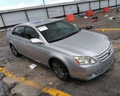 Salvage Silver 2005 Toyota Avalon