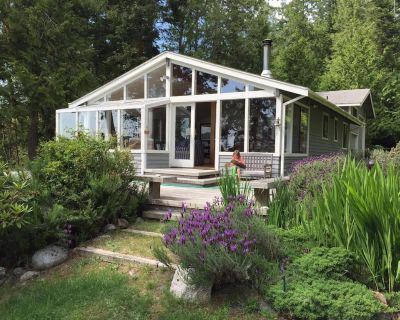 Waterfront Home - Watch a Sunset from the Hot Tub, Private Beach, Stunning View! - Roche Harbor