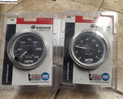 Mechanical speedometer with matching tachometer