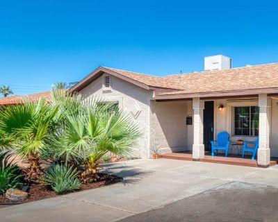 Private room with own bathroom - Phoenix , AZ 85016