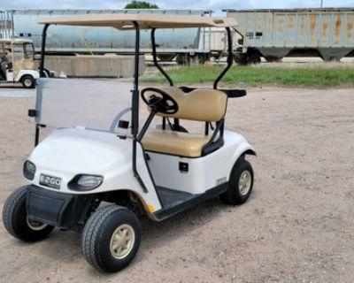 2017 EZGO TXT Freedom Gas Golf Cart