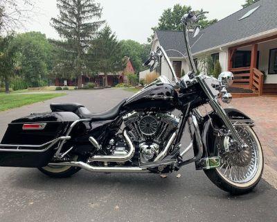 2012 Harley-Davidson ROAD KING CUSTOM