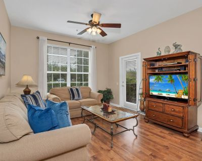 Charming Condo Seconds Away from the Convention Ctr- Free Wifi, On-Site Gym - Orlando