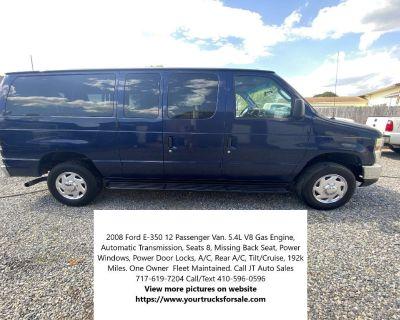 2008 Ford E-350 12 Passenger Van
