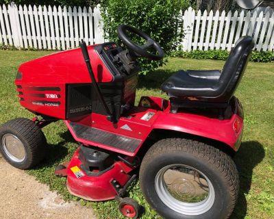 Toro Wheelhorse Lawn Tractor