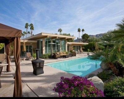 Elegant & Peaceful! Luxury Desert Retreat - Palm Springs Vacation Rental w/Pool. - Indian Canyon