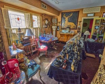 Incredible home of antiquer Henry Torres