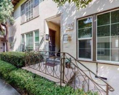 467 Midvale Ave #467-1-2, Los Angeles, CA 90024 3 Bedroom Condo
