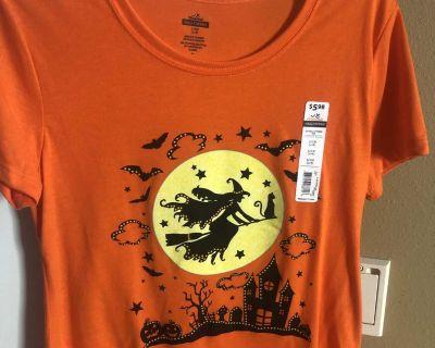 BNWT Halloween size small shirt