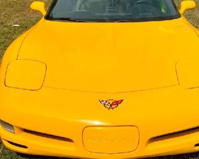 Chevrolet 2000 Corvette