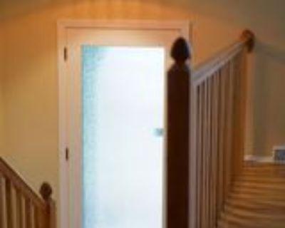 1011 W 75th St, Kansas City, MO 64114 4 Bedroom House