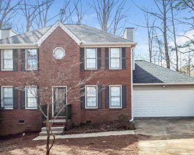 1340 Grayland Hills Dr Lawrenceville, GA