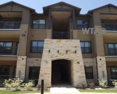 14811 Huebner Rd, Shavano Park, TX 78231 1 Bedroom Apartment
