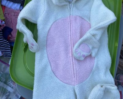 Old Navy 2T Bunny Costume