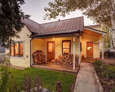 Abode at Silver Mountain | Easy walk to Historic Main Street! Private hot tub | Great for Summer! - Downtown Park City