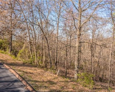 3/4 Acre Building Lot with Cherokee Lake Access (MLS# 601230) By Amy Shrader