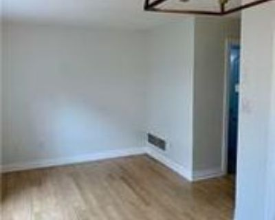 166 Hammill Heights, Mount Albert, ON L0G 1M0 3 Bedroom Apartment