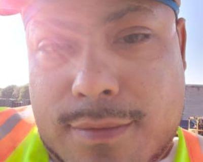 Javi, 34 years, Male - Looking in: Milwaukee Milwaukee County WI