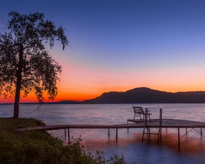 A Private Lakeside Retreat - Dekorra