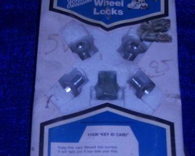 vintage johnnys locking lugnuts