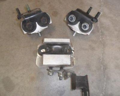 Used Jdm Sr20 Or Ka24 Solid Aluminum Motor Mount Set