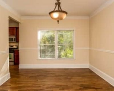 $600 per month room to rent in Summerhill available from September 22, 2021