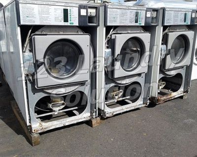 Good Condition Wascomat Front Load Washer Triple Load 3PH W125ES AS-IS