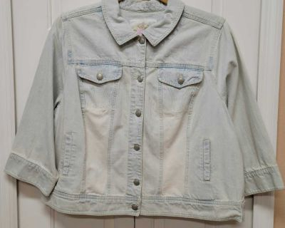 NWT Avenue Jeans Denim Cropped Jacket/ size 22/24