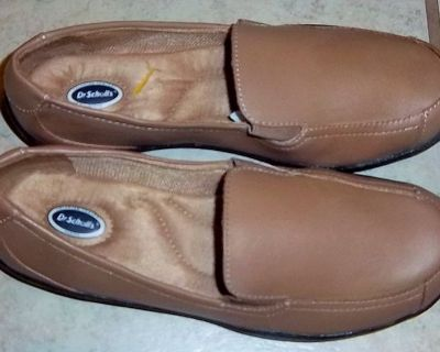 New Dr. Schulls women's shoes size 7 1/2 in tan